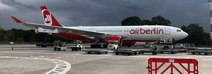 Flugausfälle bei Airline: Air Berlin verhagelt gestrandetem Paar fast die Hochzeit