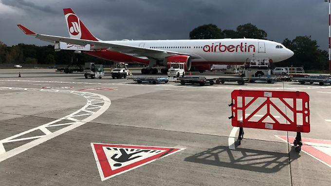 """Mit ihrer als """"Sick out"""" bezeichneten Arbeitsverweigerung könnten die Piloten die Air-Berlin-Flotte endgültig lahmlegen."""