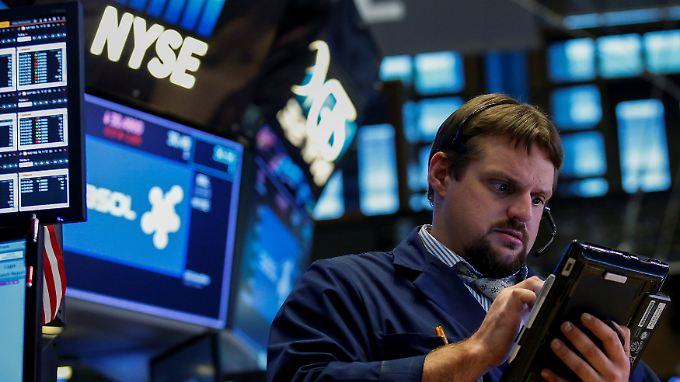 Unheimlicher Aufwärtstrend: An den US-Aktienmärkten reicht das Ausbleiben schlechter Nachrichten aus, um die Indizes auf neue Rekordstände zu treiben.