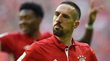 Frustreaktion nach Auswechslung: Bayerns Sportdirektor kritisiert Ribéry
