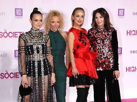 """Die """"High Society""""-Ladys Emilia Schüle, Katja Riemann, Caro Cult und Iris Berben bei der Premiere ihres Films."""