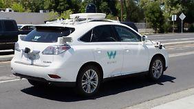 Waymo forschte für Google am selbstfahrenden Auto.