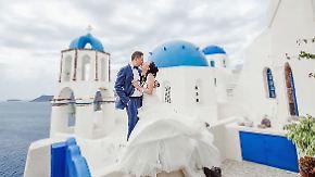 Heiraten auf Santorin: Chinesische Paare erobern griechische Liebesinsel