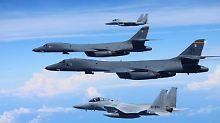 Kampfjets über Korea: USA und Russland halten jeweils Manöver ab