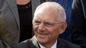 """""""Das Leben macht so einiges mit einem"""": Schäuble erlebt 75. Geburtstag sichtlich gerührt"""