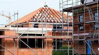 Teure Fehler in der Baufinanzierung: Wo Hausbauer genau hinsehen sollten