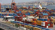 Die Türkei empfing im ersten Halbjahr 10 Prozent weniger Waren aus Deutschland.