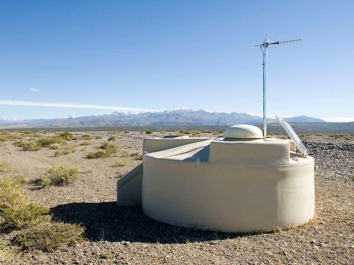 Detektor in der Pampa Amarilla in West-Argentinien.