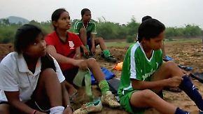 Benachteiligung, Unterdrückung und Gewalt: Mit Fußball kämpfen Mädchen in Indien für ihre Rechte