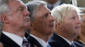 Brexit-Minister David Davis, Schatzkanzler Philip Hammond und Außenminister Boris Johnson (v.l.n.r.) waren ebenfalls in Florenz.