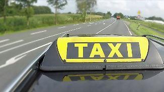 Unternehmer gegen Urnenfrust: Taxifahrer chauffiert kostenlos zum Wahllokal