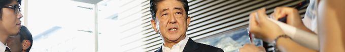 Der Tag: 07:47 Abe provoziert mit Opfergabe an Kriegsschrein