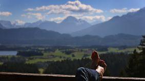 Erst diesig, dann wunderschön: Herbst zeigt sich in Bayern von bester Seite