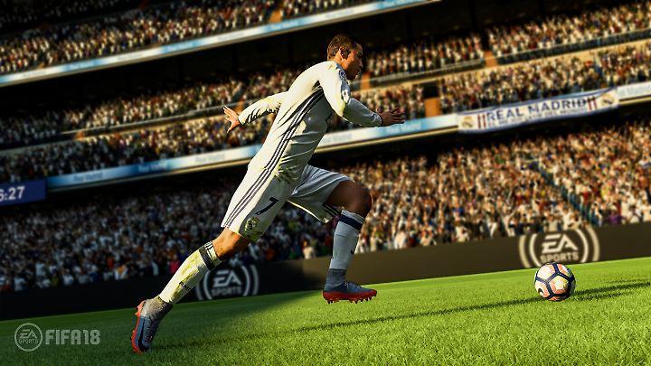Cristiano Ronaldo mal sagen, wo es langgeht - in Fifa 18 ist das möglich.