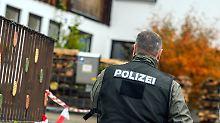 """""""Bundesstaat Bayern"""" im Visier: Polizei nimmt bei Razzien """"Reichsbürger"""" fest"""