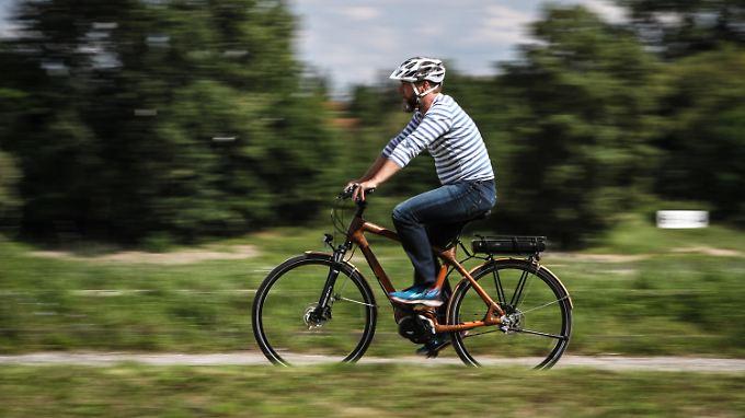 Rund 4000 Euro kostet das weltweit erste Mittelmotor-Pedelec mit Bambus-Rahmen.