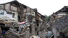 Im Mai 2008 zerstörte ein Erdbeben der Stärke 7,9 Häuser in Südwest Sichuan, China. Ursache war ein Stausee.