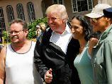 Lob für die eigene Regierung: Trump besucht sturmgeplagtes Puerto Rico