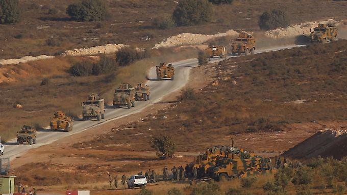 Die Türkei hatte in den vergangenen Tagen das Militär an der türkisch-syrischen Grenze zusammengezogen.