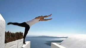 Santorin - Paradies für Freerunner: Vor malerischer Kulisse zeigen Profis eine große Show