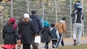 200.000 Flüchtlinge pro Jahr: Grüne kritisieren Union, FDP kritisiert Grüne