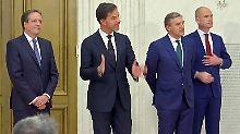 Mark Rutte mit seinen drei Koalitionspartnern.