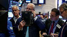Trump verunsichert Medienwelt: Dow-Jones-Anleger warten auf Bilanzsaison