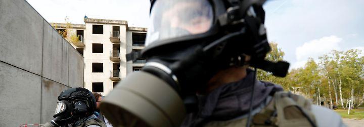 Terrorangriff mit Pestbakterien: Bundespolizei übt Abwehr von Bio-Waffen