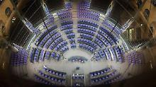 Niemand will tauschen: FDP bleibt Sitznachbar der AfD im Plenum