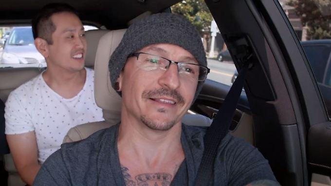"""Beim """"Carpool Karaoke"""" schien er extrem seinen Spaß zu haben: Chester Bennington."""