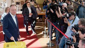 Niedersachsen-SPD zieht an CDU vorbei: Weil optimistisch, Wähler gespalten