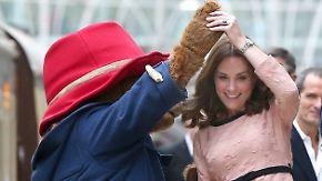 Promi-News des Tages: Herzogin Kate steppt mit dem Bären