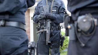 Verbot von Hells-Angels-Gruppe: Polizei führt Großrazzia im Rockermilieu durch