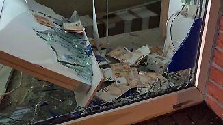 Kaum zu glauben, aber wahr: Bankräuber verlieren massenhaft Geldscheine