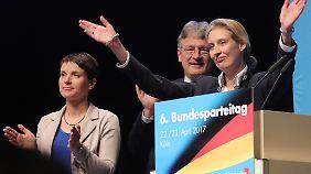 Kölner Parteitag: Spätestens seit dem Treffen im April 2017 war für Frauke Petry klar, dass es für sie sehr schwierig wird in der Partei.