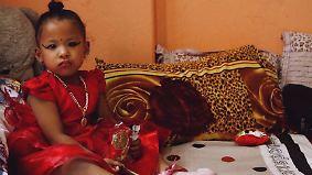 "Umstrittener ""Kumari""-Brauch: Nepal wählt Dreijährige zur neuen Kindgöttin"