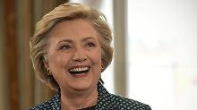 Yoga, Chardonnay und Millionen: Darum ist Hillary Clinton zurück