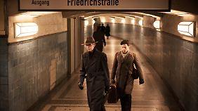 Aaron Altaras (r.) als Eugen Friede und Andreas Schmidt als Hans Winkler