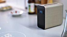 Sonys kurioser Xperia Touch: Dieser Beamer macht alles zum Touchscreen