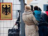 30.000 Flüchtlinge verschwunden?: Jeder sechste Ausländer ist Schutzsuchender