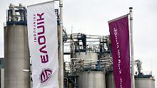 Der Spezialchemiekonzern Evonik will unter seinem neuen Chef Christian Kullmann massiv sparen.