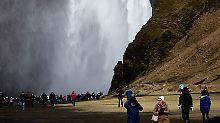 Der Tourismus-Boom hat Schattenseiten, Island kommt mit der Infrastruktur nicht hinterher.