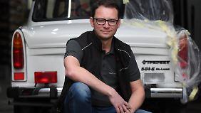 Frank Hoffmann ist Inhaber einer Onlineversandhandels für Trabant-Ersatzteile.