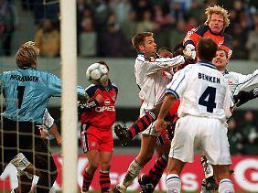 Oliver Kahn verwechselt die Sportart ...