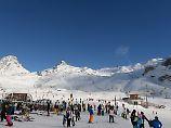 Saisonstarts mit Stars und Sport: Skigebiete der Alpen wetteifern mit ihren Partys