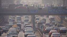 Zum Verkehr in chinesischen Großstädten wie Peking werden sich noch viele weitere gesellen.
