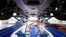 Besonders häufig bemeängelt der TÜV Bremsen, Fahrwerk, Licht und die Abgasanlage.