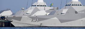 Marine-Spektakel in der Ostsee: Stealth-Schiffe erreichen Kiel