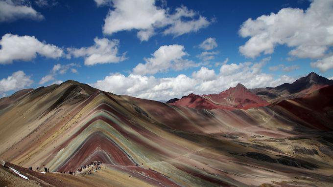 Der Rainbow Mountain fasziniert viele Peru-Touristen.