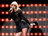 """Kratzer auf dem Rücken"": Taylor Swift hält Kurs"